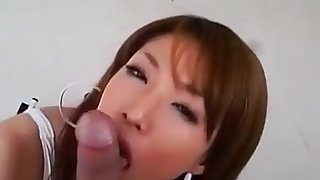Jav idol gives cock worship in her swimsuit