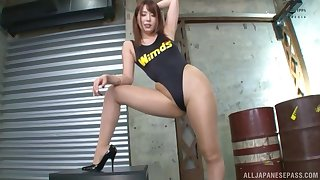Gorgeous Hatano Yui moves her sexy black costume for friend's indestructible cock