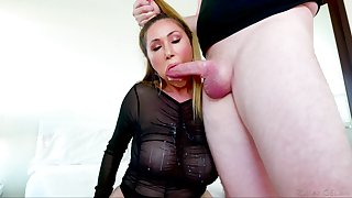 Spectacular blowjob show by experienced Asian porn model Kianna Dior